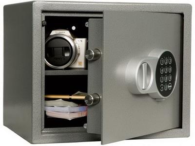 Преимущества и недостатки сейфов для дома